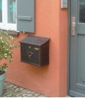 Letterbox MERITO with newspaper compartment, stainless steel brown-gold