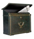 Letterbox MERITO with newspaper compartment, stainless steel green-gold